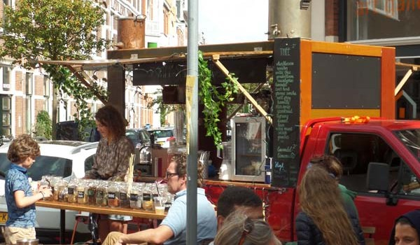 Sunday 27th august: Aan Tafel in the Reinkenstraat